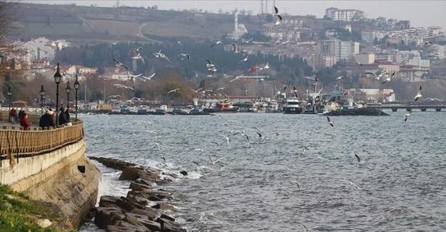 Marmara Denizi'nde Lodos Ulaşımı Önlüyor!