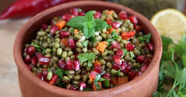 Maş Fasulyesi Salatası Nasıl Yapılır? Maş Fasulye Tarifi