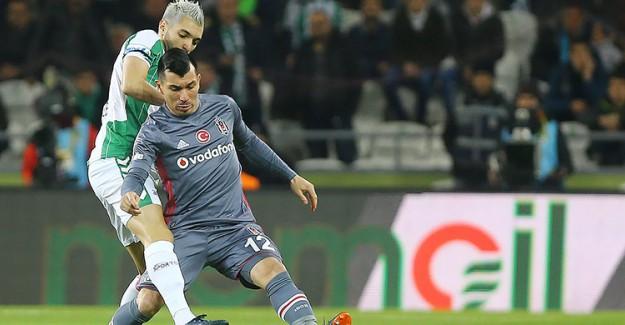 Medel İçin Flaş İddia! Beşiktaş'tan Ayrılıyor Mu?
