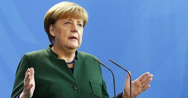 Merkel İtiraf Etti: Çok Geç Anladık