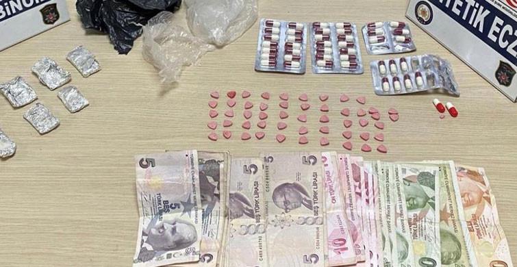 Mersin'de Bir Takside Bulunan 4 Zanlıdan Uyuşturucu Çıktı