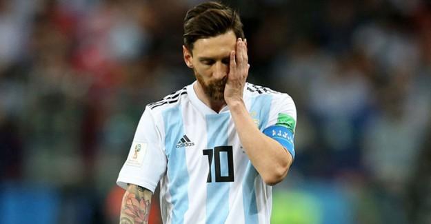 Messi'ye Anne Desteği!