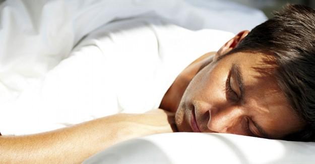 Mevsim Geçişlerinde Uyku Bozukluğuna Dikkat! Biyolojik Saatinizi Oluşturun