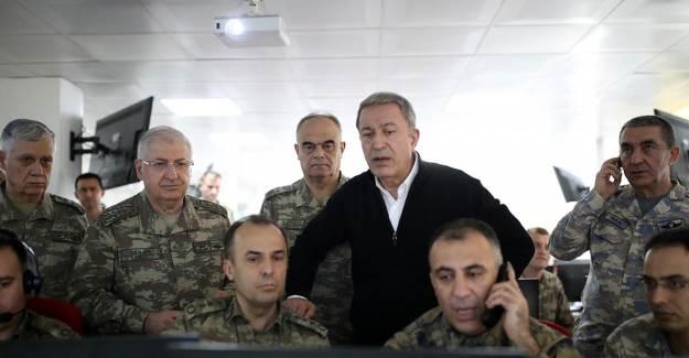 Milli Savunma Bakanı Hulusi Akar Yunanistan Sınırında