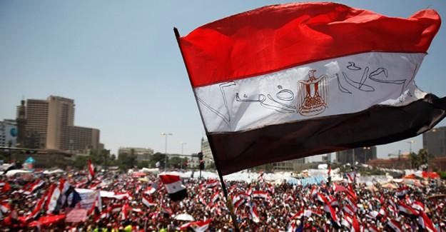Mısır Gazze Ateşkesi için Mekik Diplomasisi Düzenliyor