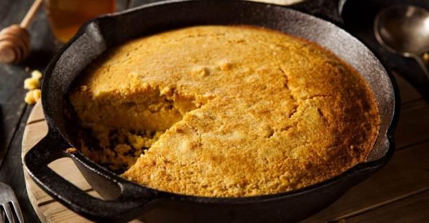 Mısır Unu Ekmeği Nasıl Yapılır? Tavada Mısır Unu Ekmeği Tarifi