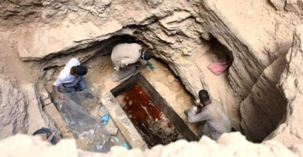 Mısır'da Bulunan 2 Bin 500 Yıllık Lahit Heyecan Yarattı