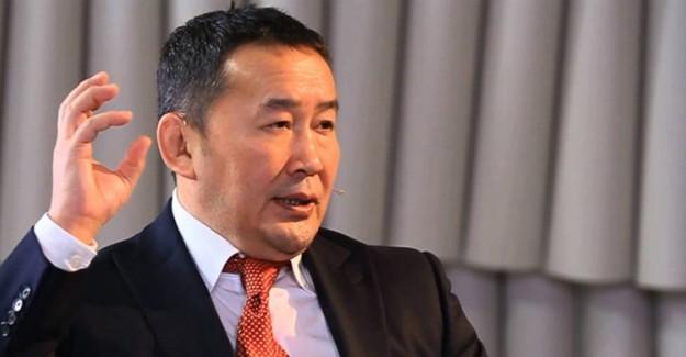Moğolistan Devlet Başkanı Corona Virüs Şüphesiyle Karantinada!
