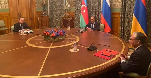 Moskova'da Azerbaycan-Ermenistan Toplantısı Başladı