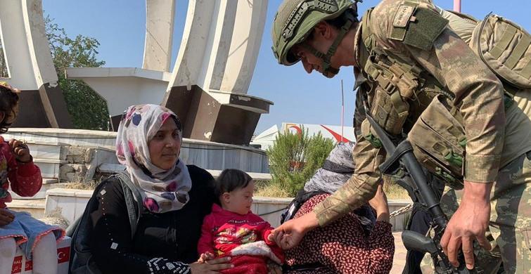 MSB'den PKK/YPG'nin Zulmünden Kaçan Suriyelilere Gıda Yardımı!