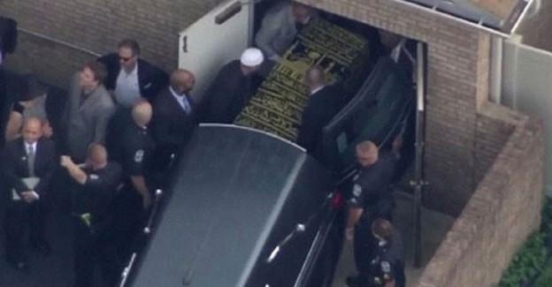 Muhammed Ali'nin Evinde Duygulandıran Olay: 15 Bin Arı...