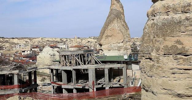 Nevşehir'de Peribacalarının Yakınındaki 15 Yapının Yıkımına Başlanacak