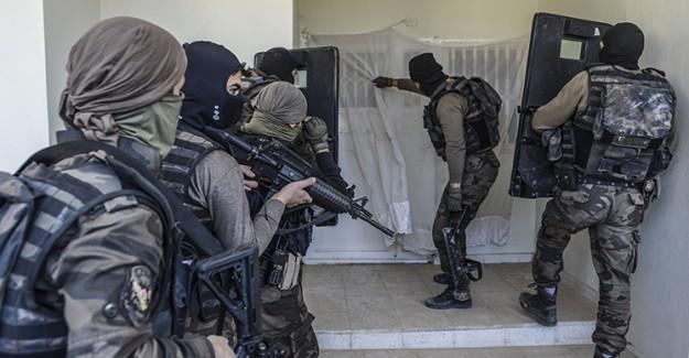 Nusaybin'de PKK Bina Patlattı: 6 Şehit!