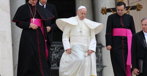 Papa'dan İslam ve Terör Açıklaması: Bu Çok Saçma