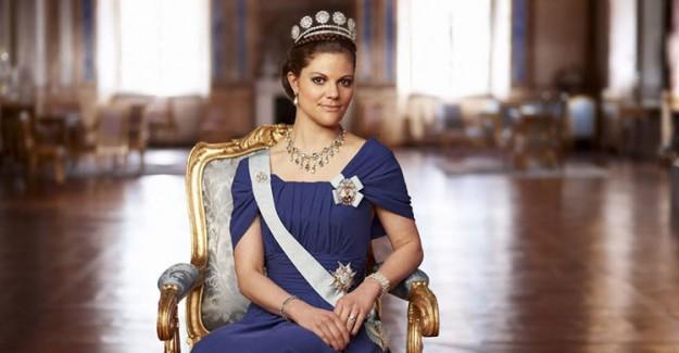 Prenses Victoria'nın 23 Yıllık Bir Elbise Giymesi Herkesi Şaşırttı