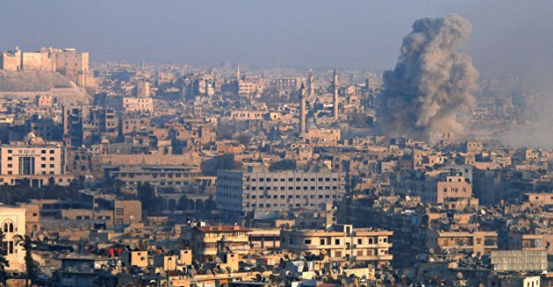 Rus Uçakları Halep'i Vurdu