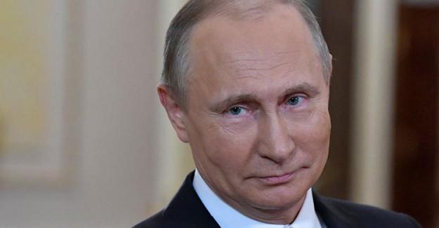 Rusya 49 Diplomatı Gönderdi
