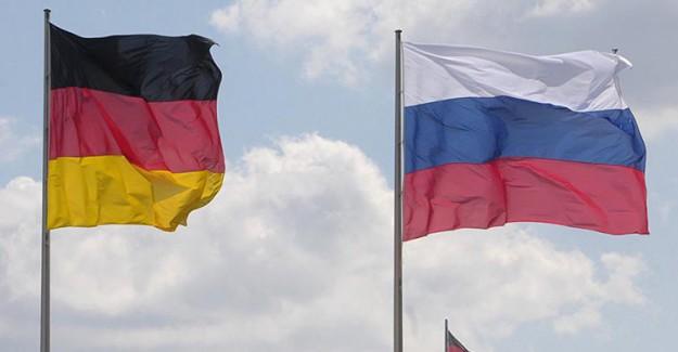 Rusya, Almanya'ya Tarafsızlık Çağrısında Bulundu