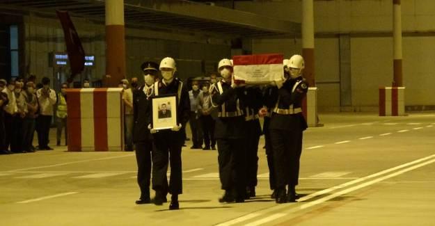 Şehit Jandarma Uzman Çavuş Kıran'ın Cenazesi Memleketi Çanakkale'ye Getirildi