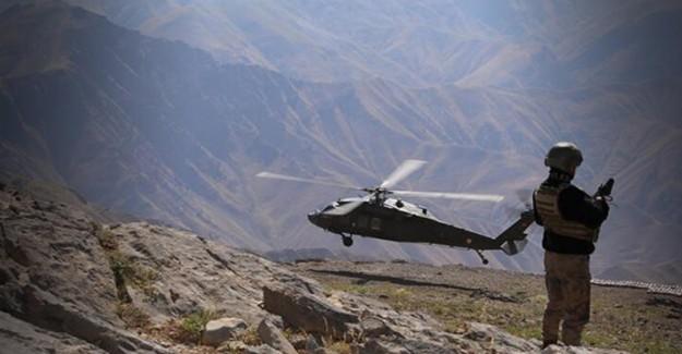 Siirt'te PKK'nın Üst Düzey Yöneticisi Olan 3 Terörist Teslim Oldu
