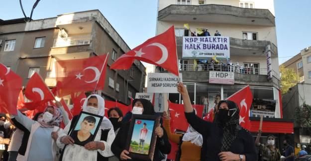Şırnak'ta Anneler HDP'den Hesap Soruyor