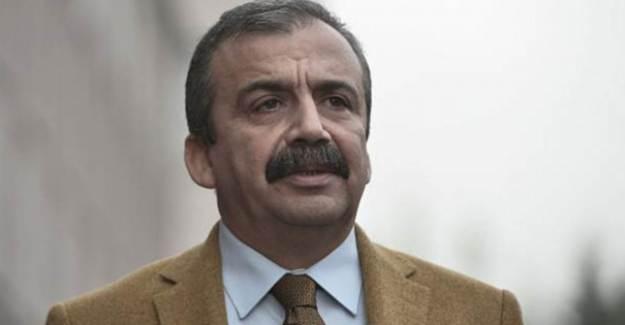 Sırrı Süreyya Önder Serbest!