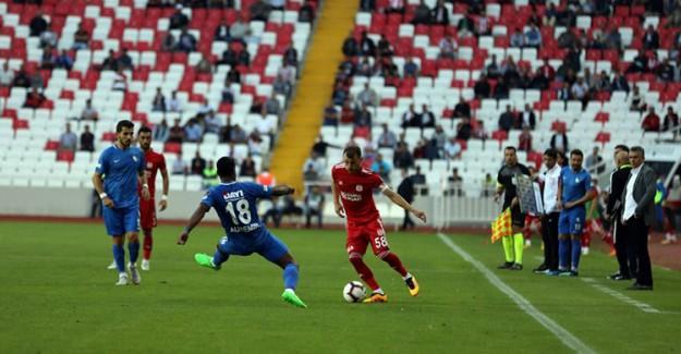 Sivas'ta Gol Düellosunun Galibi Yok!