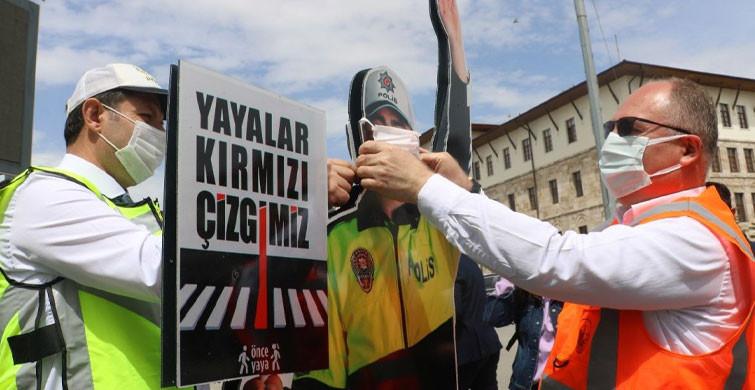 Sivas'ta Maket Trafik Polisine Maske Takıldı