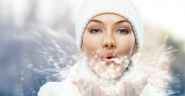 Soğuk Günlerde Cildinizi Bu Şekilde Koruyun!