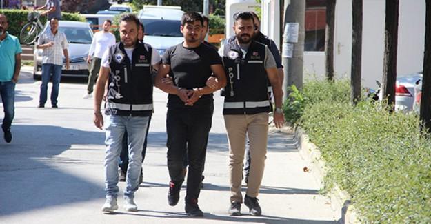Sosyal Medyada Silah Kaçakçılığı Yapan Şahıslar Yakalandı