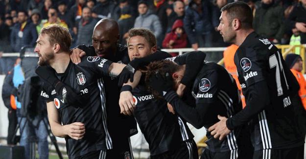 Spor Toto Süper Lig 22. Hafta: Yeni Malatyaspor 1-2 Beşiktaş (Maç Sonucu)