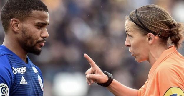 Süper Kupa'da Liverpool ile Chelsea Maçını Kadın Hakem Stephanie Frappart Yönetecek!