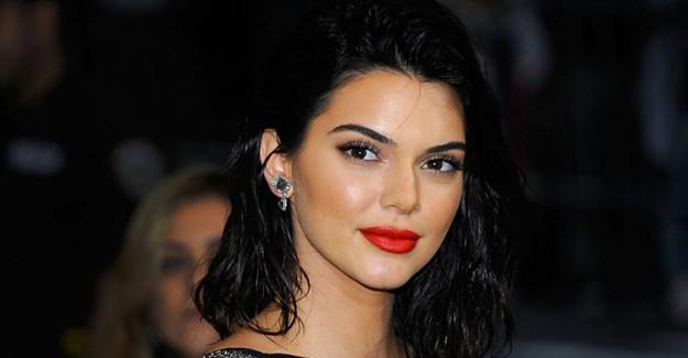 Süpermodel Kendall Jenner'dan Sosyal Medya Flörtü