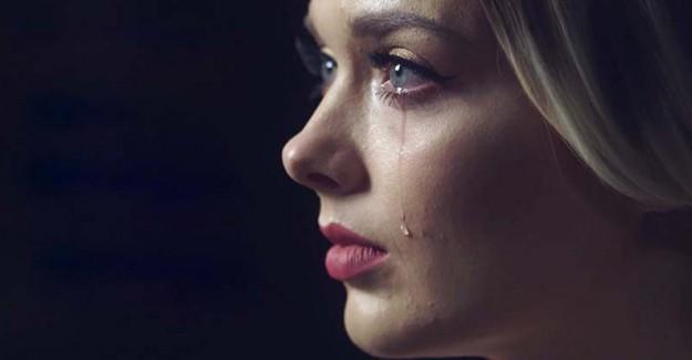 Sürekli Ağlamak