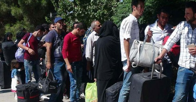 Suriyeliler, İstanbul Valiliğinin Kararının Sonrasında Valilik Önünde Eylem Yapacak