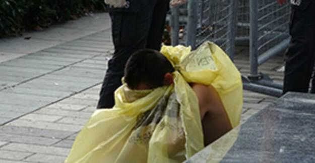 Taksim Meydanı'nda Çırılçıplak Halde Bulundu