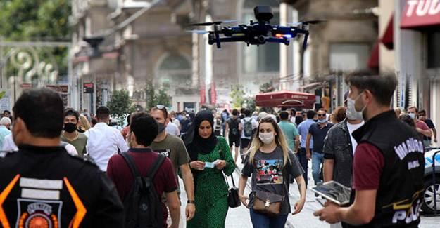Taksim'de Drone Destekli Koronavirüs Kontrolü