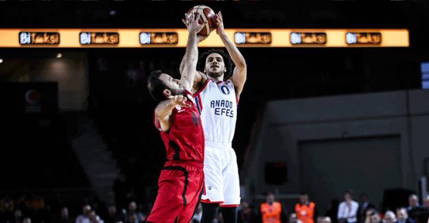 TBF Türkiye Kupası : Anadolu Efes 73 - 59 Gaziantep Basketbol