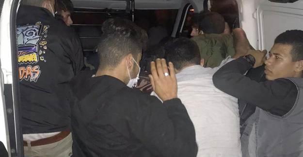Tekirdağ'da Ticari Araçtan 15 Kaçak Göçmen Çıktı