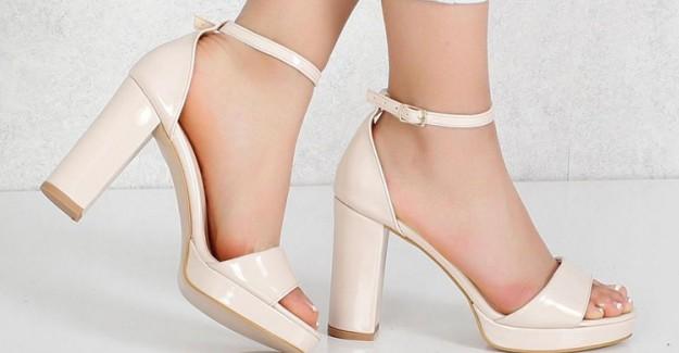 Topuklu Ayakkabıyla Yürümenin İp Uçları