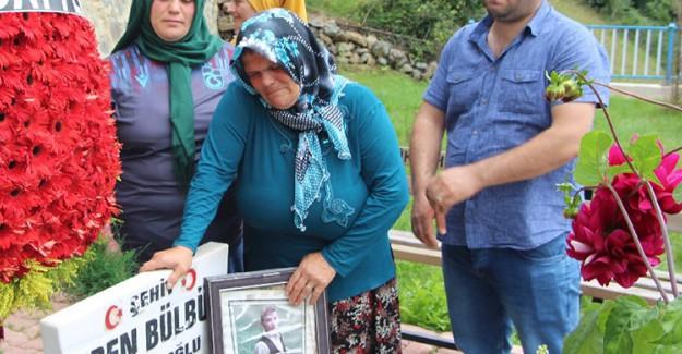 Trabzon'da 2 Yıl Önce Şehit Edilen Eren Bülbül Mezarı Başında Anıldı
