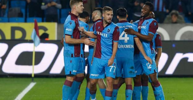 Trabzonspor Altay'ı Konuk Ediyor! İşte İlk 11'ler