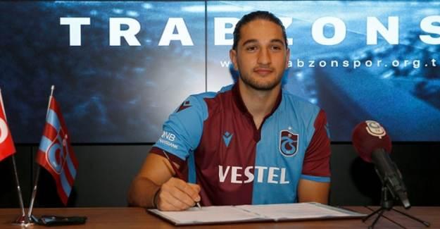 Trabzonspor Genç Futbolcuyu KAP'a Bildirdi!