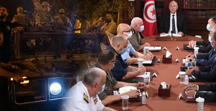 Tunus Karıştı! Cumhurbaşkanı Ordu Desteği ile Yönetime El Koyduğunu Duyurdu