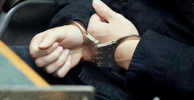 Türbede Video Çeken Şahısa Gözaltı