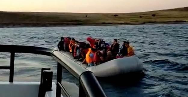 Türk Kara Sularına İtilen 40 Sığınmacı Kurtarıldı