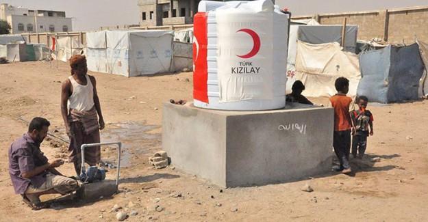 Türk Kızılayı Yemen'e Yardım Eli Uzattı