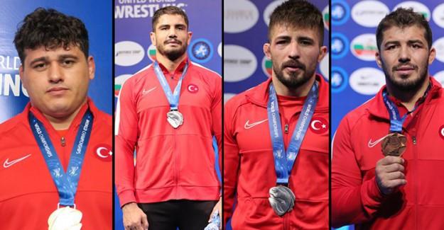 Türkiye'de Güreş Gururu: 4 İsim 4 Madalya