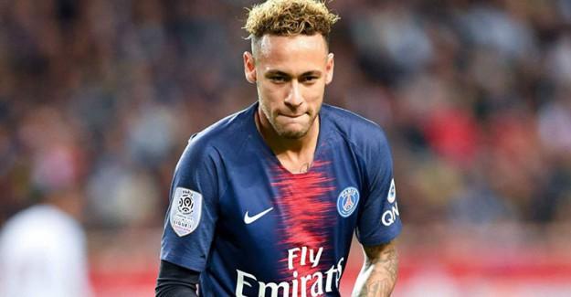 UEFA, Manchester United Maçından Sonra Küfür Eden Neymar'a Soruşturma Başlattı