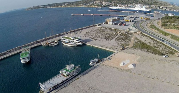 Ulaştırma ve Altyapı Bakanlığından 'Çeşme Ulusoy Limanı' Açıklaması